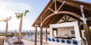 Beach-Club-Tiki-Bar-Small-2